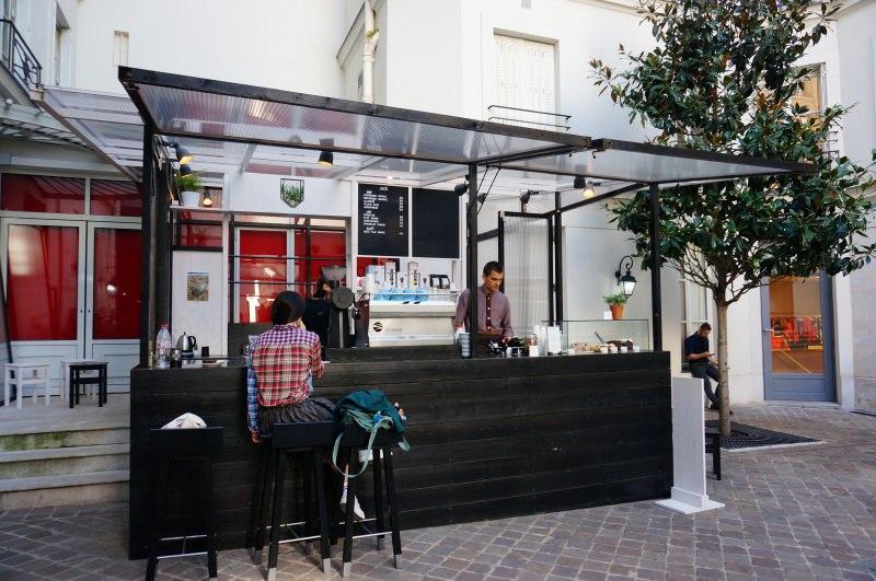 [法國] 巴黎 極簡露天咖啡館 honor
