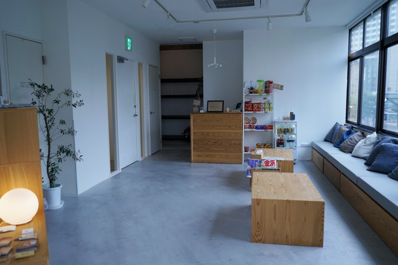 [金澤住宿] 金澤車站前徒步三分鐘 Hostel Blue Hour Kanazawa